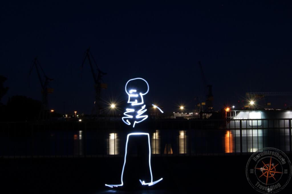 Skelett Hamburg Hafen, Landungsbrücken