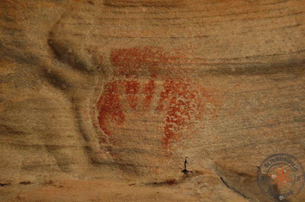 Red Hands Cave at Ku-ring-gai-Chase national park