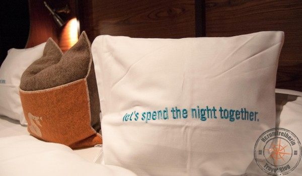 Let 39 s spend the night together 25h hotel hamburg for Stylische hotels hamburg