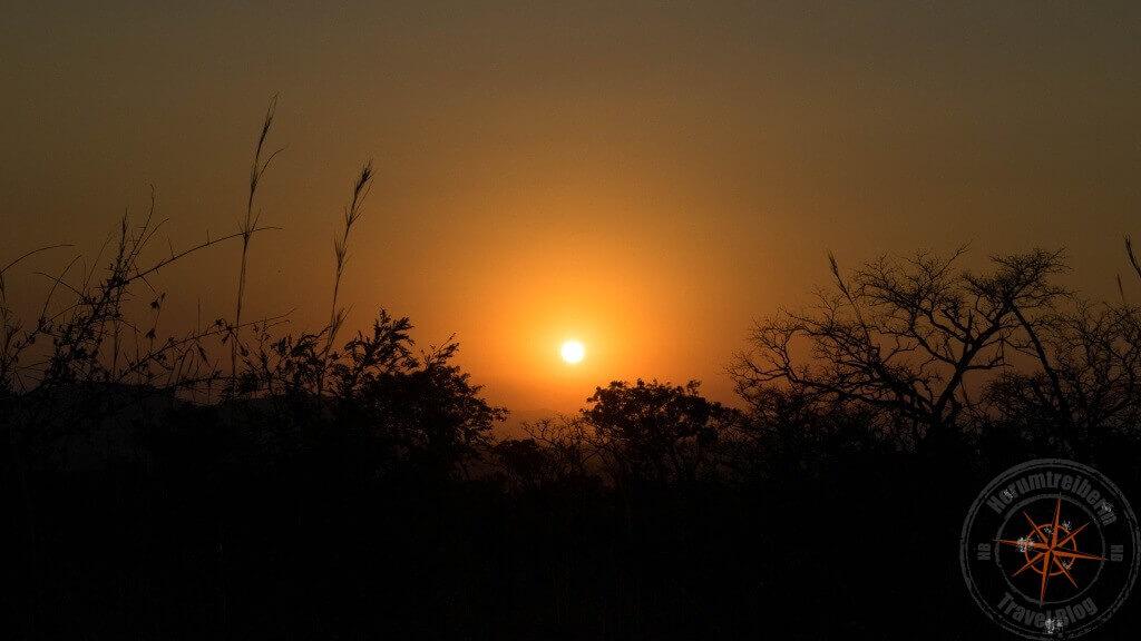 Sonnenuntergang Krüger National Park Südafrika